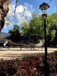 l'auberge est dans un parc